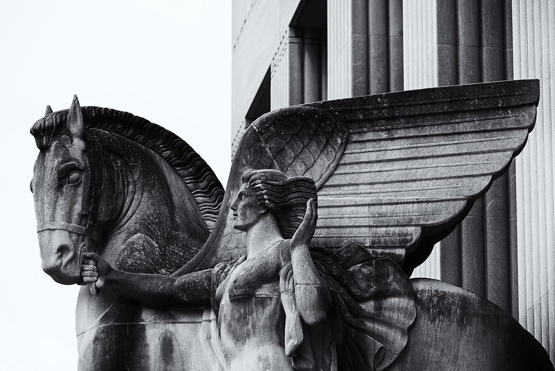 Sculpture of Pegasus, the winged horse, at courthouse in St. Louis. Photo by Amy Buxton.