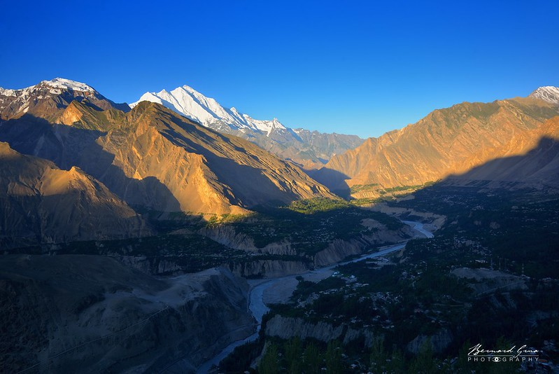 Hunza Valley (to South) from Eagles Nest at sunrise—Photo: Bernard Grua