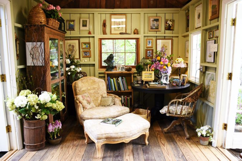 She Shed Reading Nook on the Virginia Historic House Tour