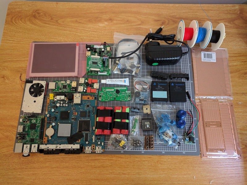 This Modder Turned a PlayStation 2 Into a Handheld with the