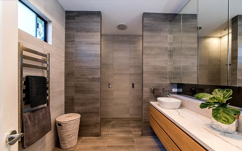 Three Design Ideas For A Chic Ensuite Bathroom - By Urban ...