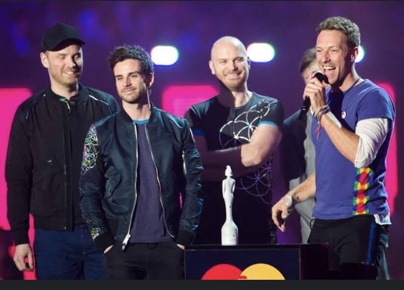 Coldplay's 20 year Journey. Chris Martin. Jonny Buckland. Guy… | by Vedika Bhuta | Aug, 2020 | Medium