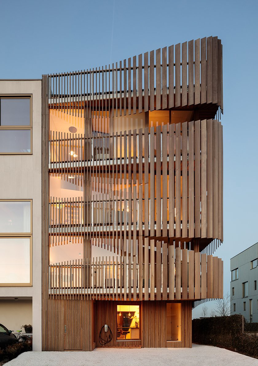 This bespoke two-apartment block by GG-LOOP in Amsterdam is an innovative piece of contemporary design, using its meticulousl