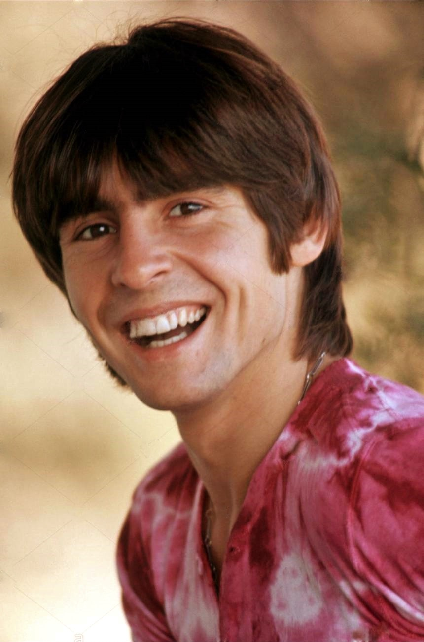 """Monkees frontman Davy Jones embarks on a solo career with Bell Records—e.g. """"Girl"""" and """"Rainy Jane"""" —circa 1971."""