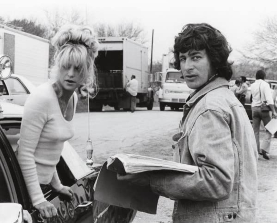 Image from the filming of The Sugarland Express, with Goldie Hawn and Steven Spielberg