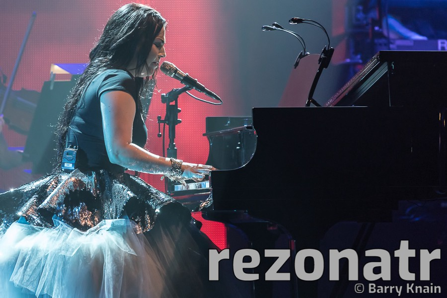 Lindsey Stirling and Evanescence at Coastal Credit Union