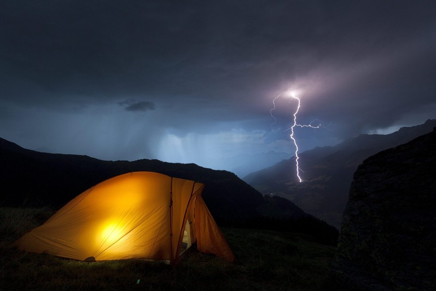 Nomads can't evacuate  aka  Living in a tent - The Other
