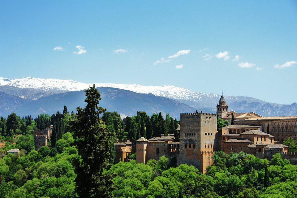 Why Granada will blow you away - Travel Blog FlyLikeButterfly - Medium