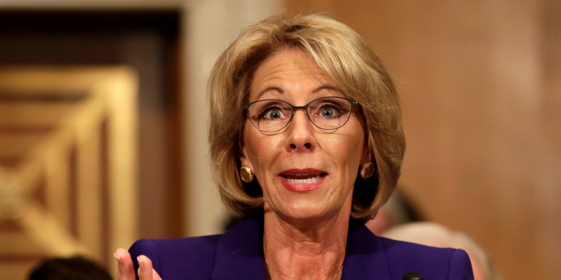 Why I Wont Vote For Betsy Devos >> How Bad Will The Country Sink Betsy Devos Science And The Future