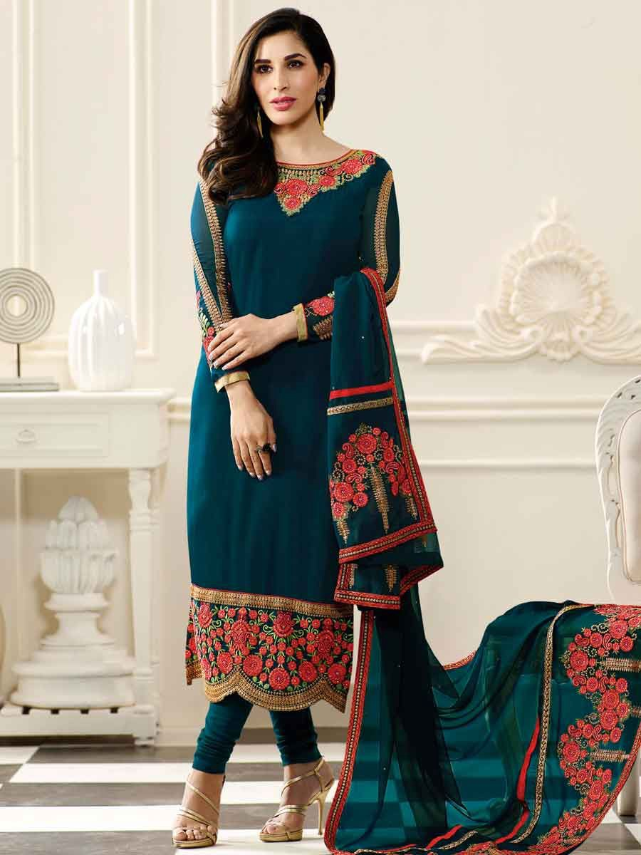a7d04e8f43 Salwar kameez is a very popular outfit in India and wore by women of almost  every Indian state. There are many types of salwar suits and with time, ...