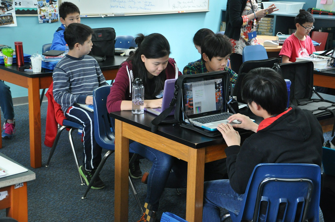 Down With Homework Teachers Viral Note >> Technology Its Challenges During Homework Time Thrive Global