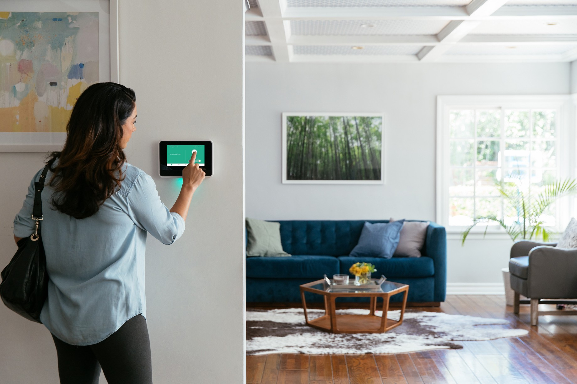Top Rated Home Security Systems >> Best Home Security Systems Of 2019 Vivint Innovation Center