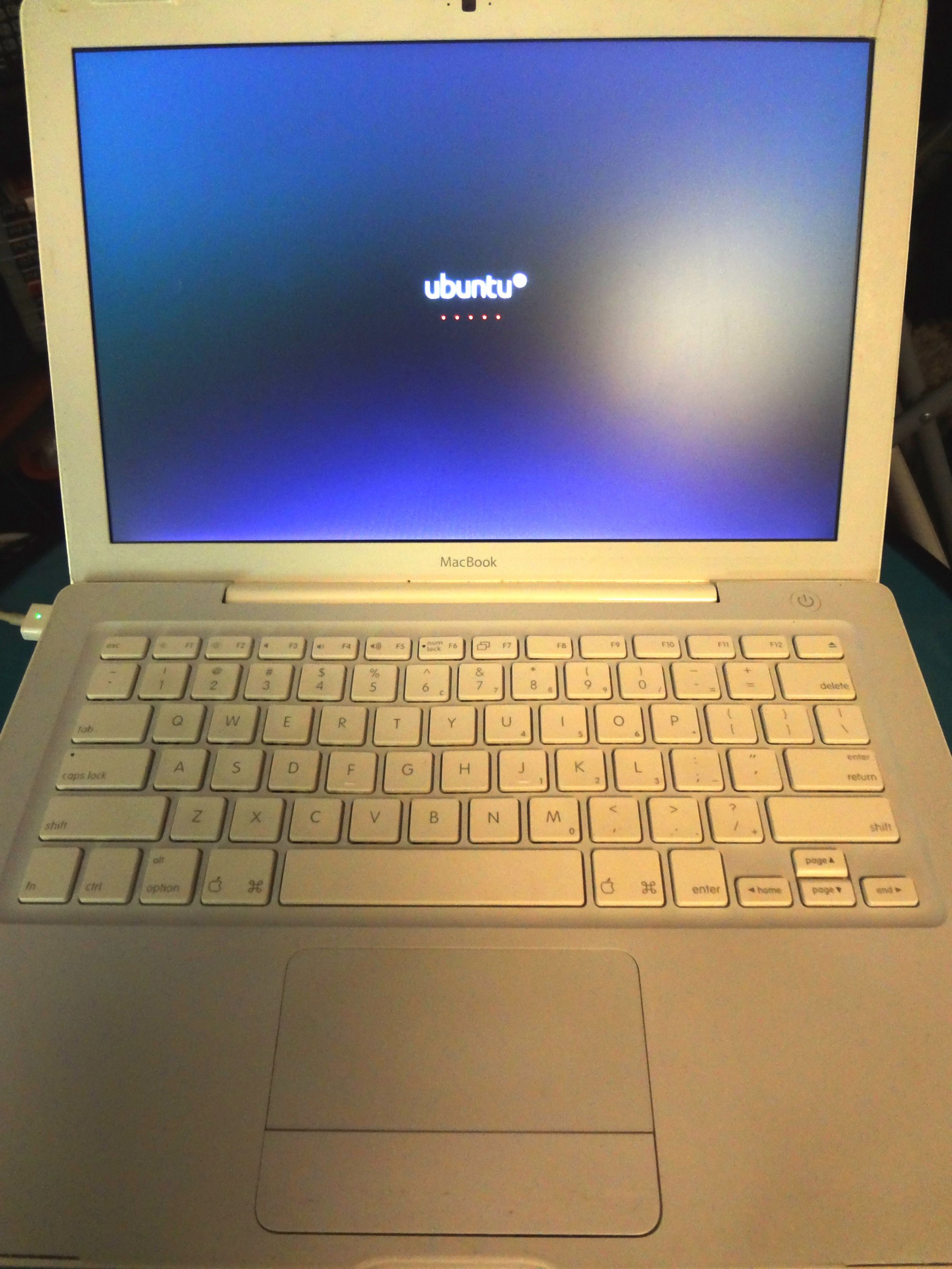 How I installed Ubuntu 16 04 1 LTS on an old MacBook 2 0 GHz Core 2