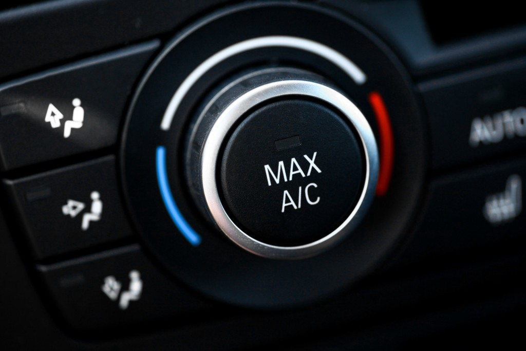 Car Air Conditioning Repair >> How It Works Vehicle Air Conditioning Systems Caknow App Medium