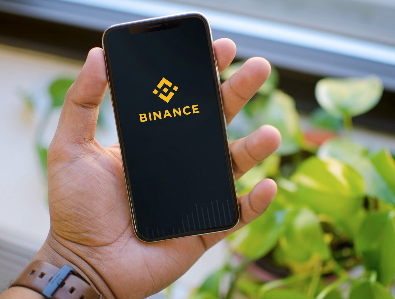 How to Install Binance on iPhones and iPads - Bitcoin Super Invest