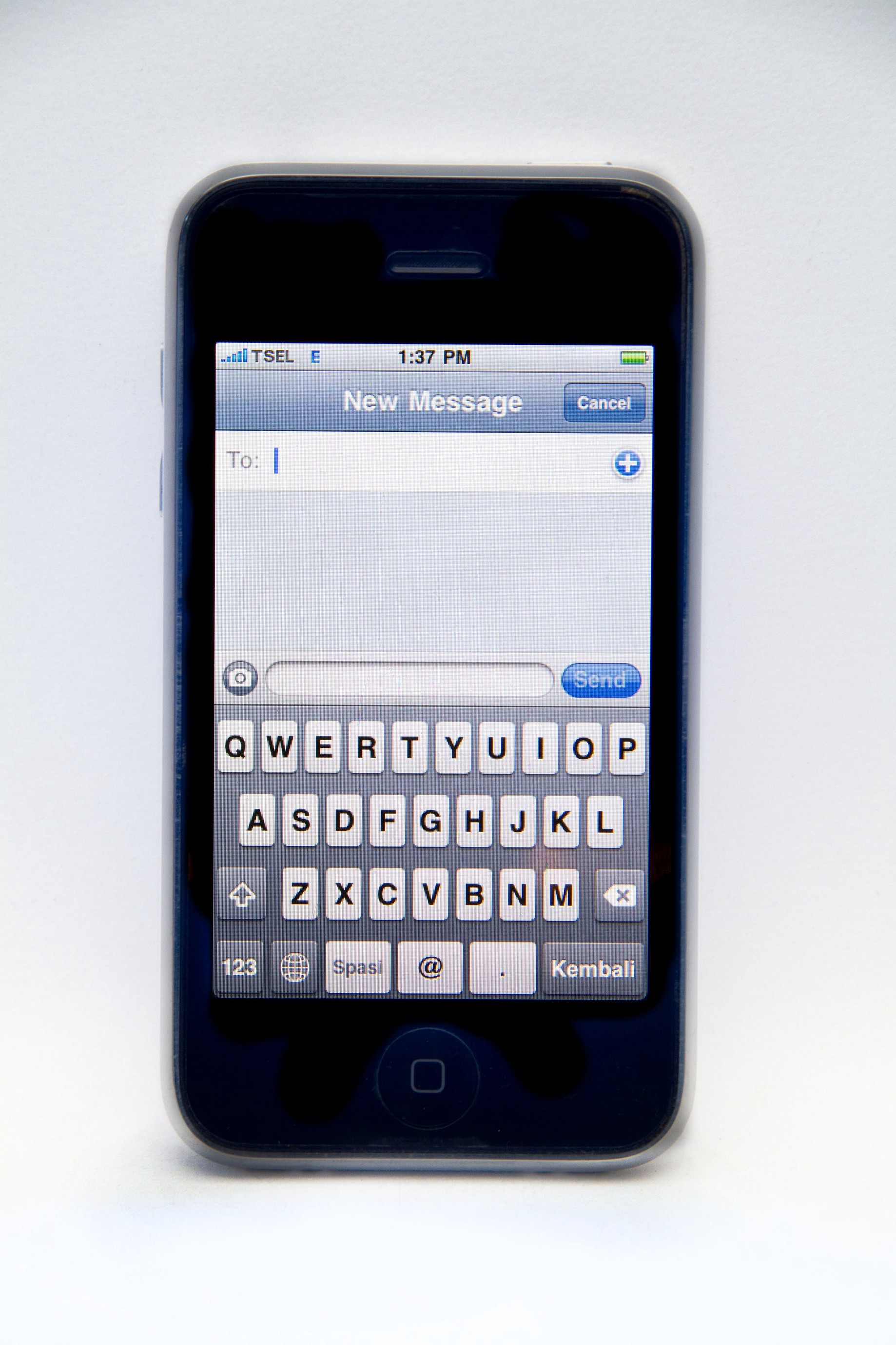 Mobile Safari, position: fixed and the virtual keyboard — an