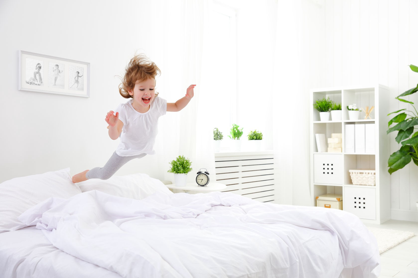 Is your child an early riser? Cure it with these tips!