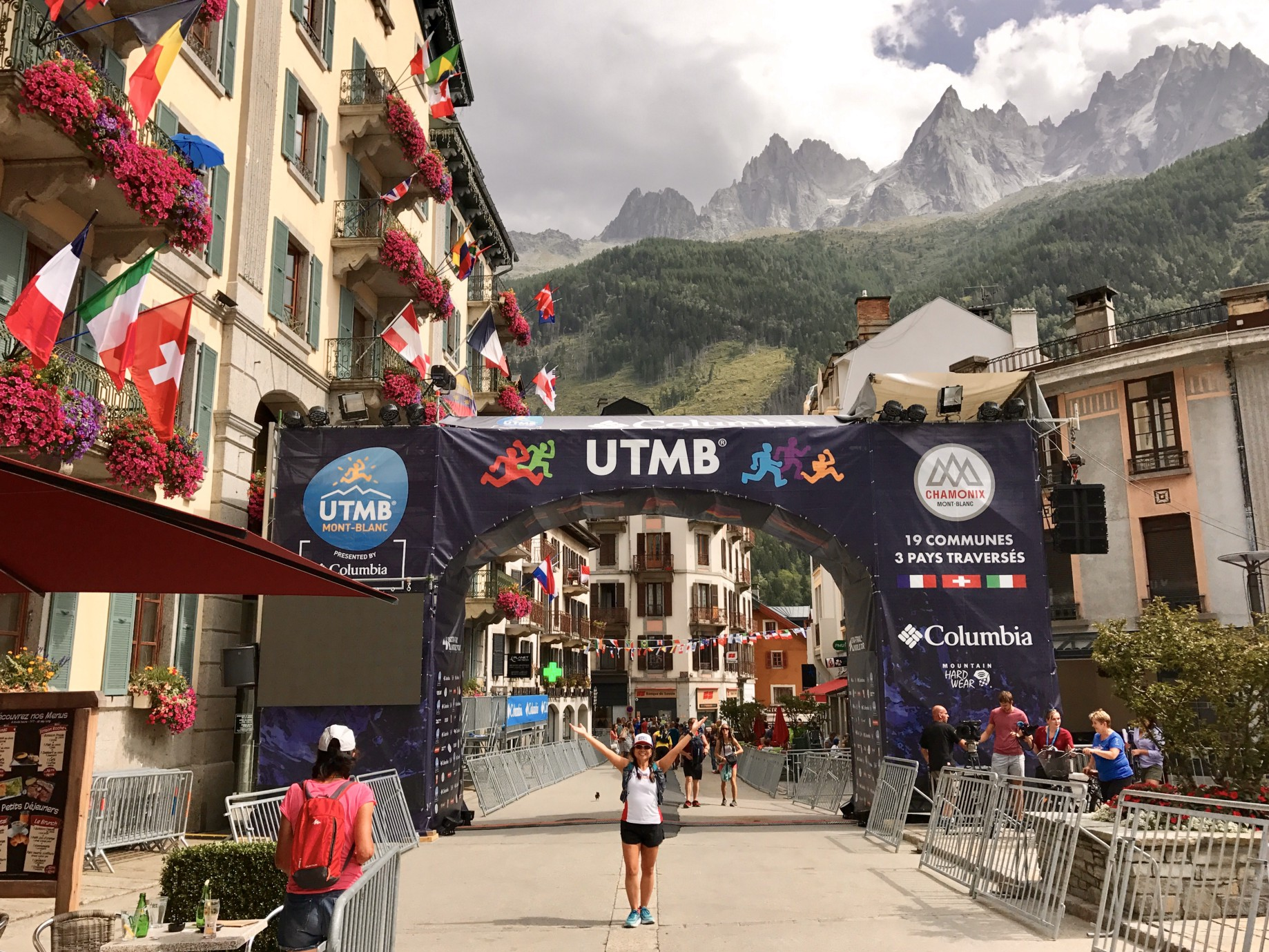 2017 UTMB OCC: Race Report - Peach Villacarlos - Medium
