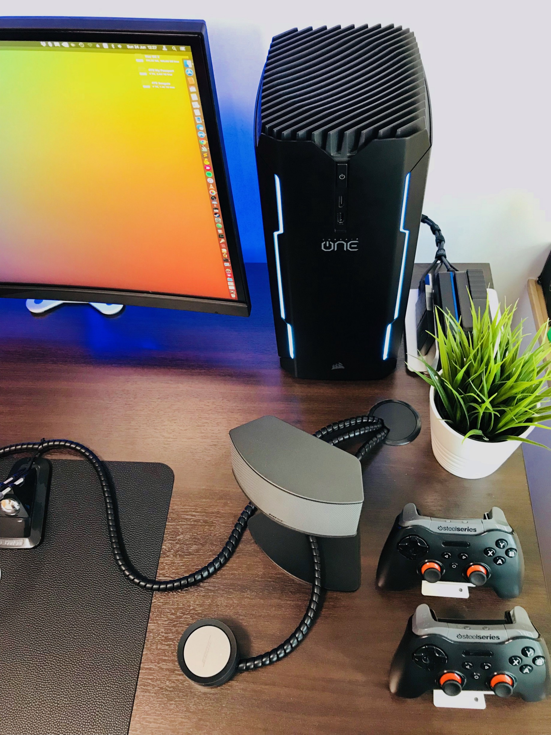 MacOS High Sierra on Corsair One Pro - Le Nguyen The Dat - Medium