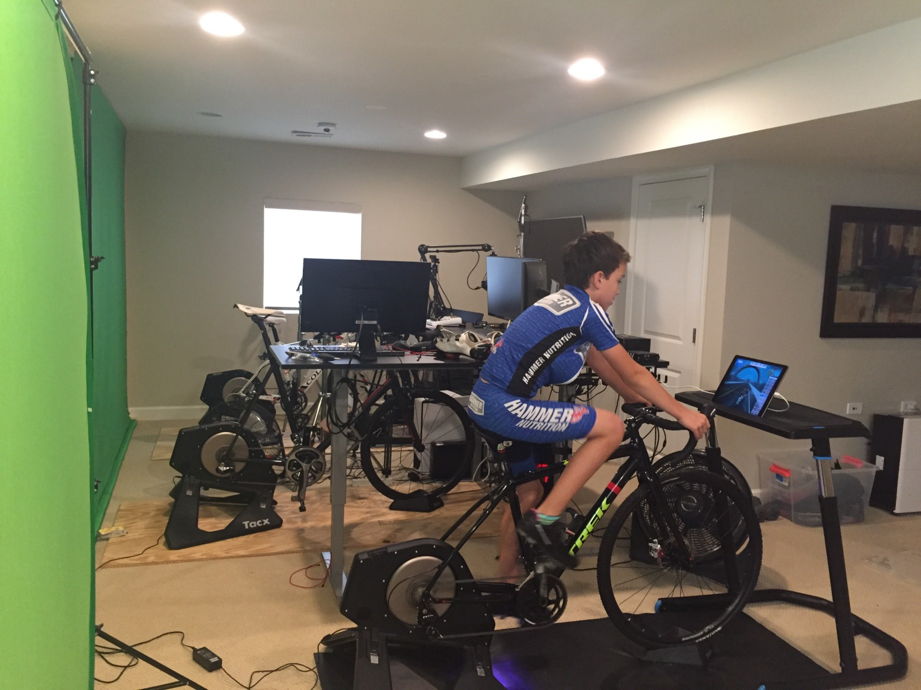 Indoor Cycling and Zwift Workouts - 360 VELO - Medium