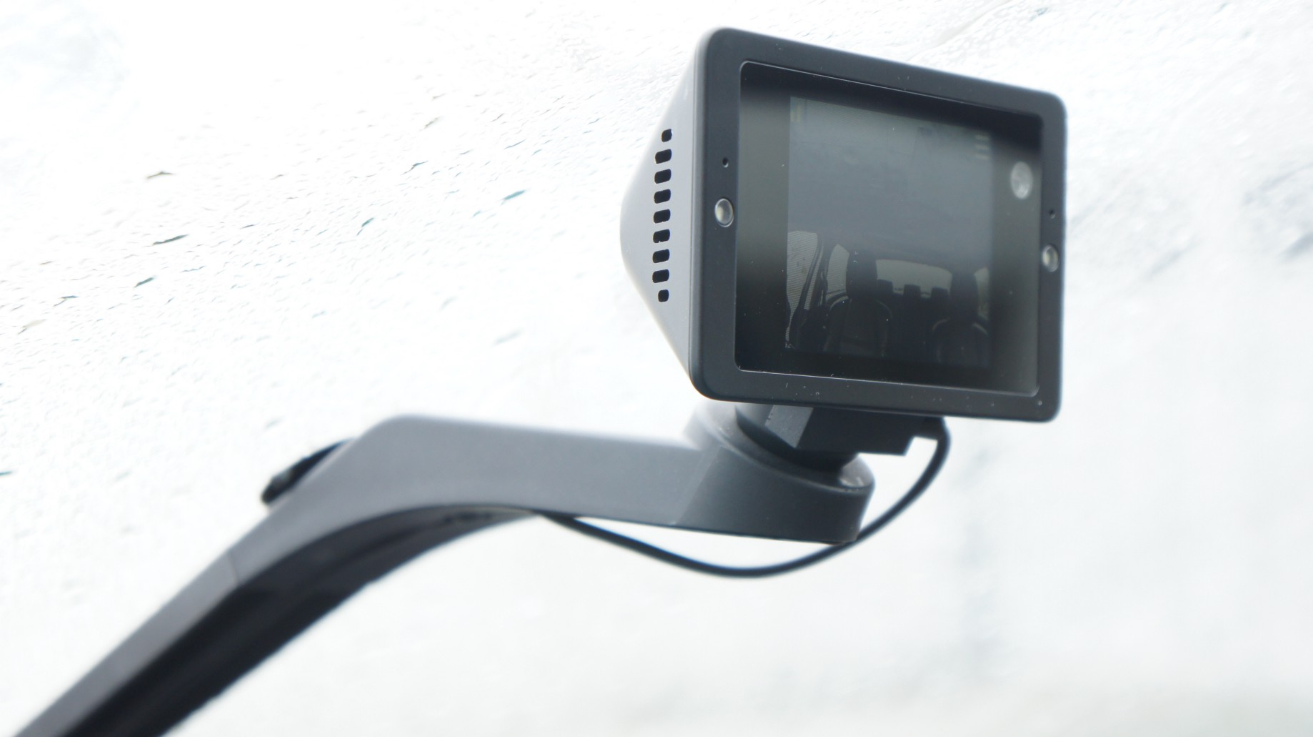 I let Owl dash cam watch a hopeless place…my car - Lance Ulanoff