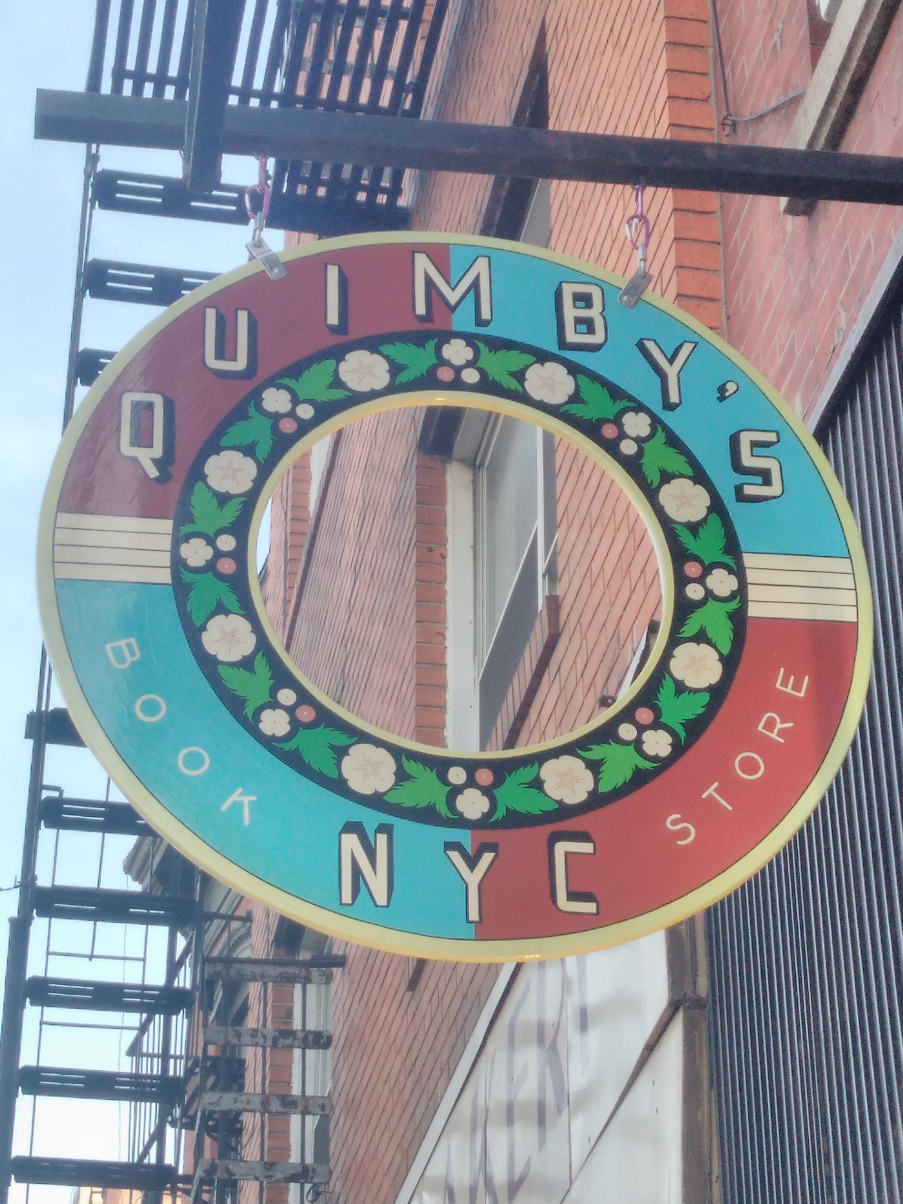 BOOKSTORES WE LOVE :: NYC / CHICAGO : QUIMBY's!!! - The