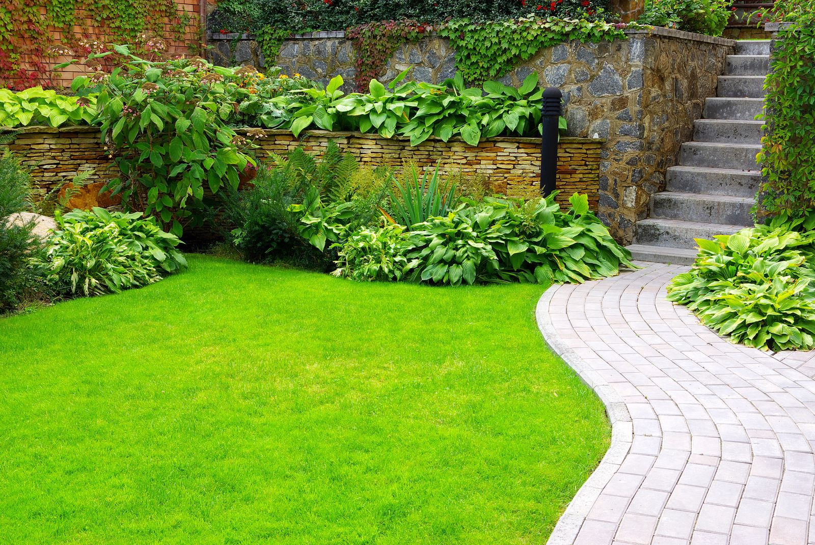 Small Garden Design Ideas With Low Maintenance By Vincy Medium