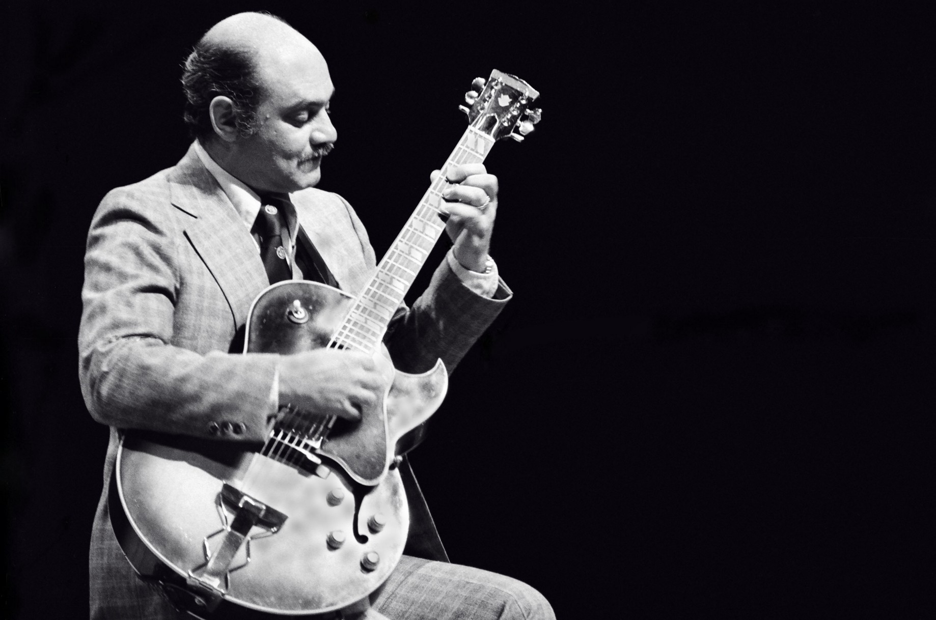 "Was Joe Pass a ""Genius"" of Jazz Guitar? - Sam Blakelock - Medium"