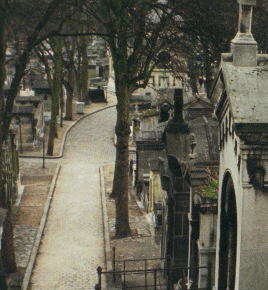 Père Lachaise is like a very old, very crowded city of the dead.