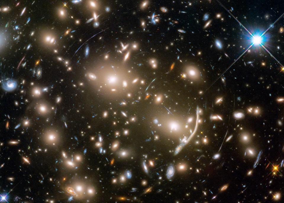 Scientists Peer Across the Universe and Find an Ancient