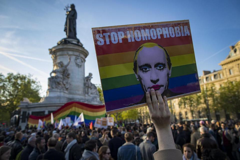 The Failure of Gay-Revolution in Russia or the Story of t A T u
