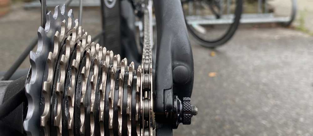 Close-up photo of the bicycle gears and chain