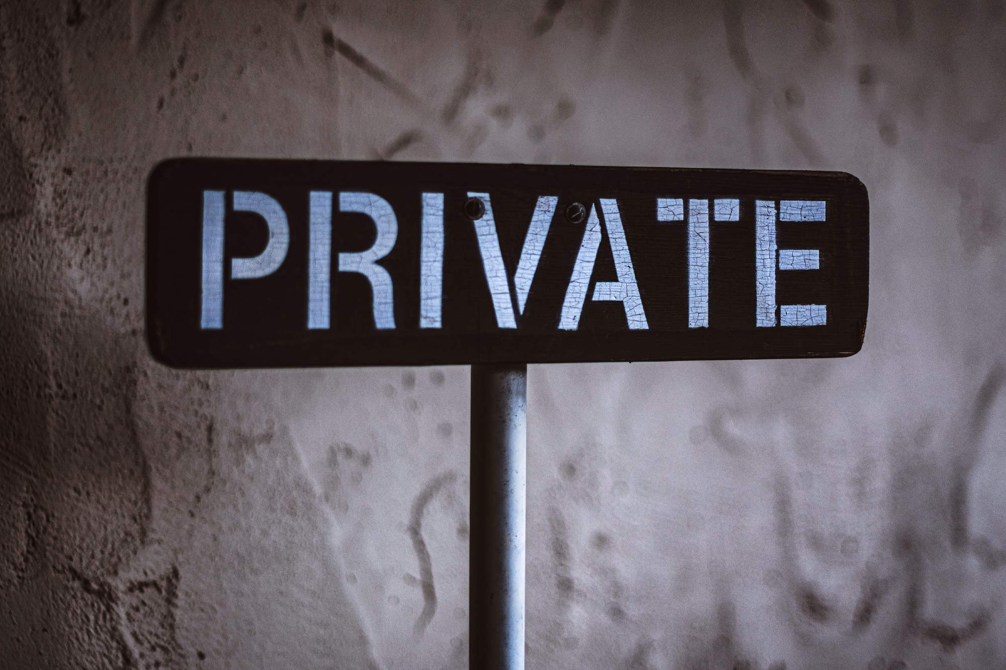 "Board with the word ""private"""
