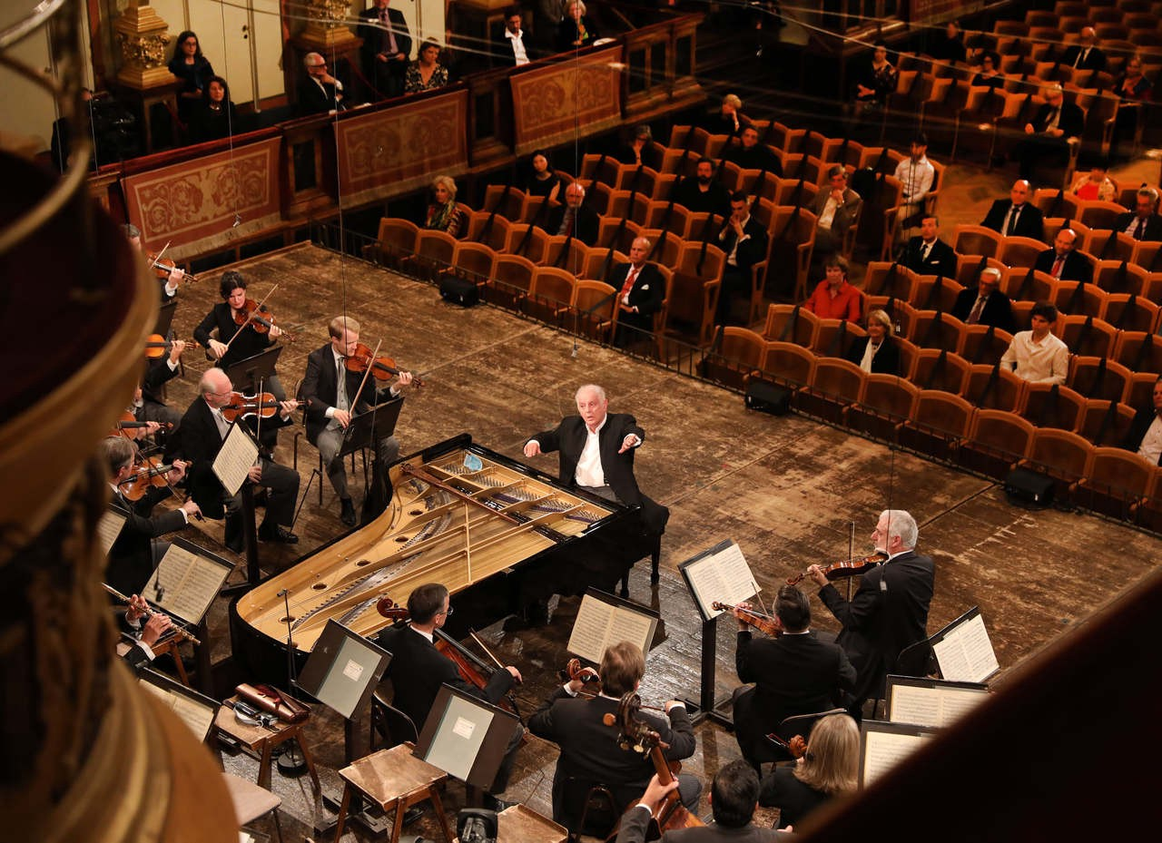 Vienna Philharmonic performing the re-opening concert in Musikverein Wien on June 5th, 2020 with Daniel Barenboim conducting