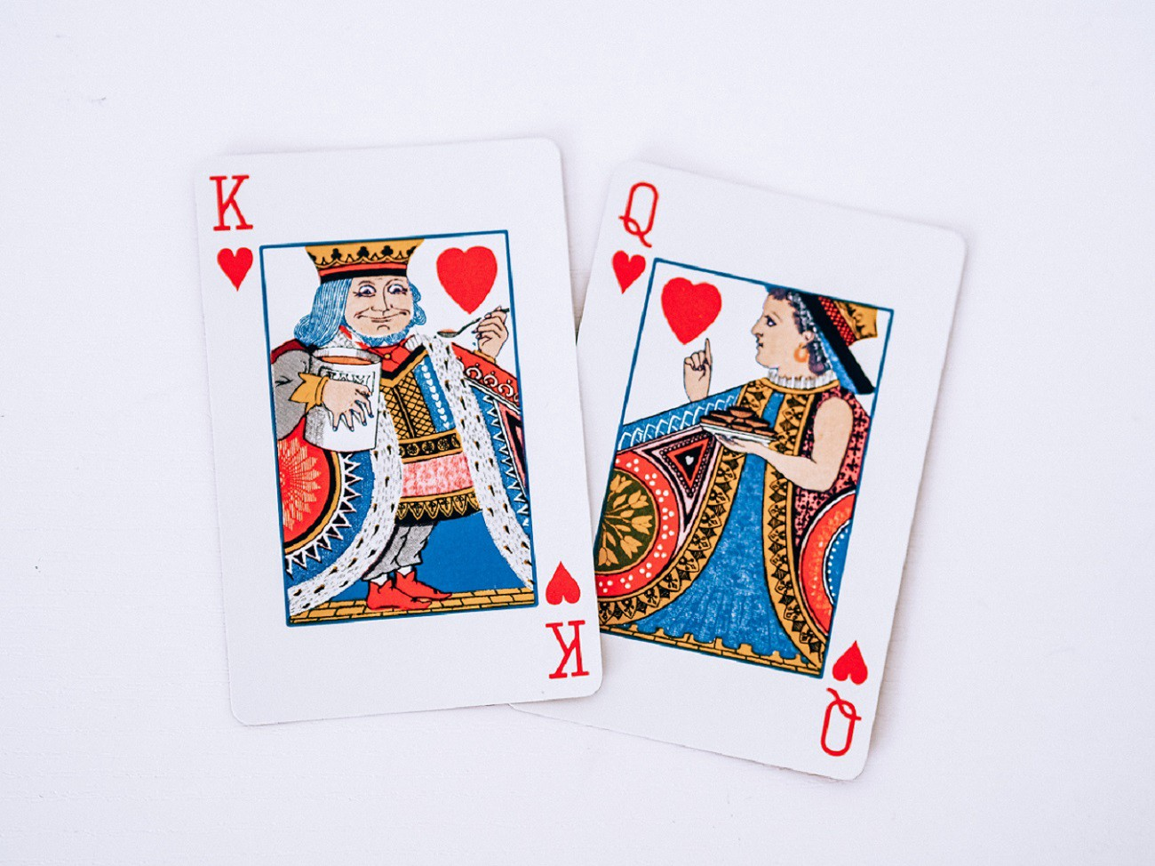 King and queen of hearts playing cards