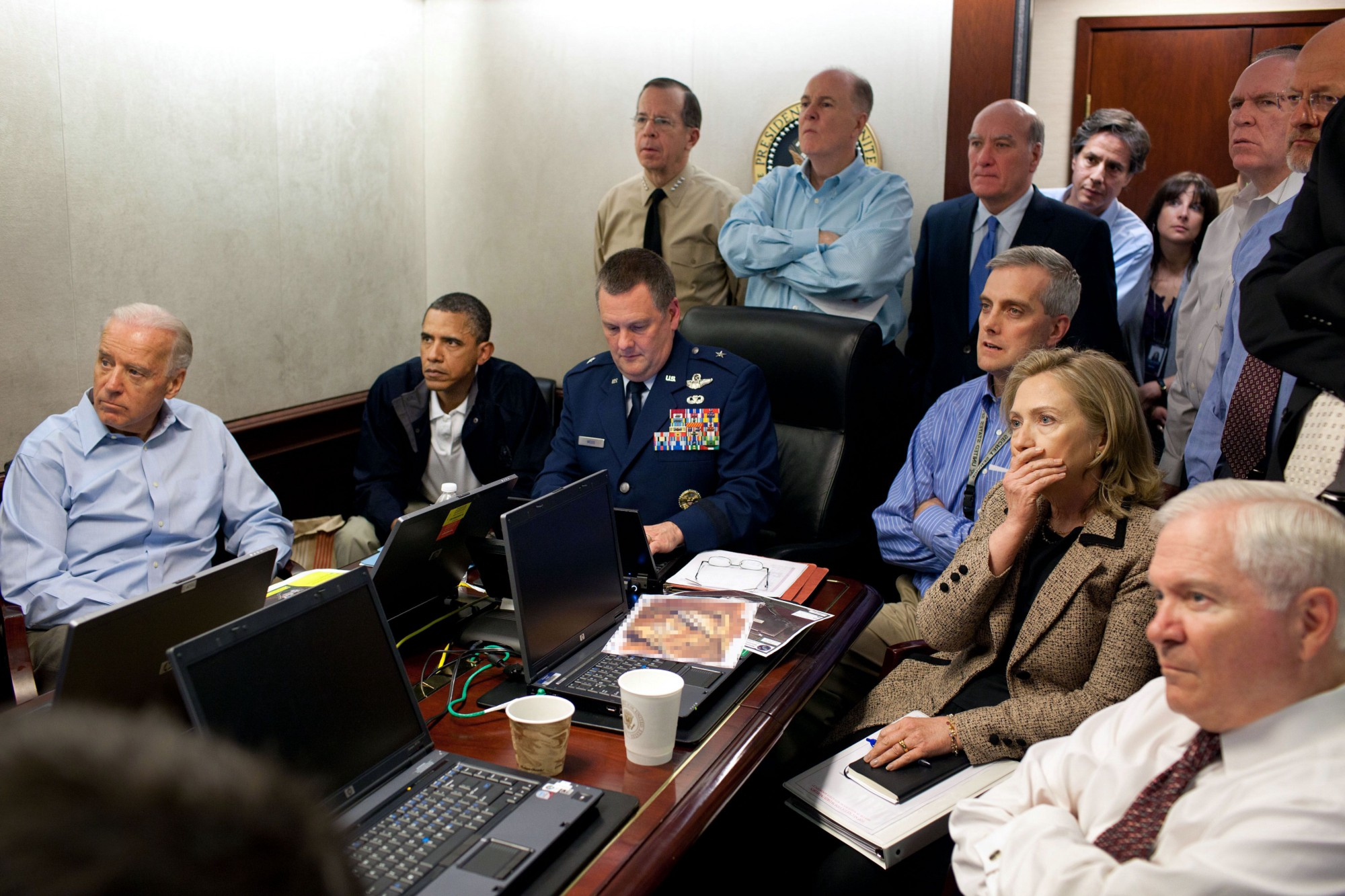 "White House officials watch the 2011 raid to kill Osama bin Laden in real-time""Š--""Šbut happen to miss the entire raid"