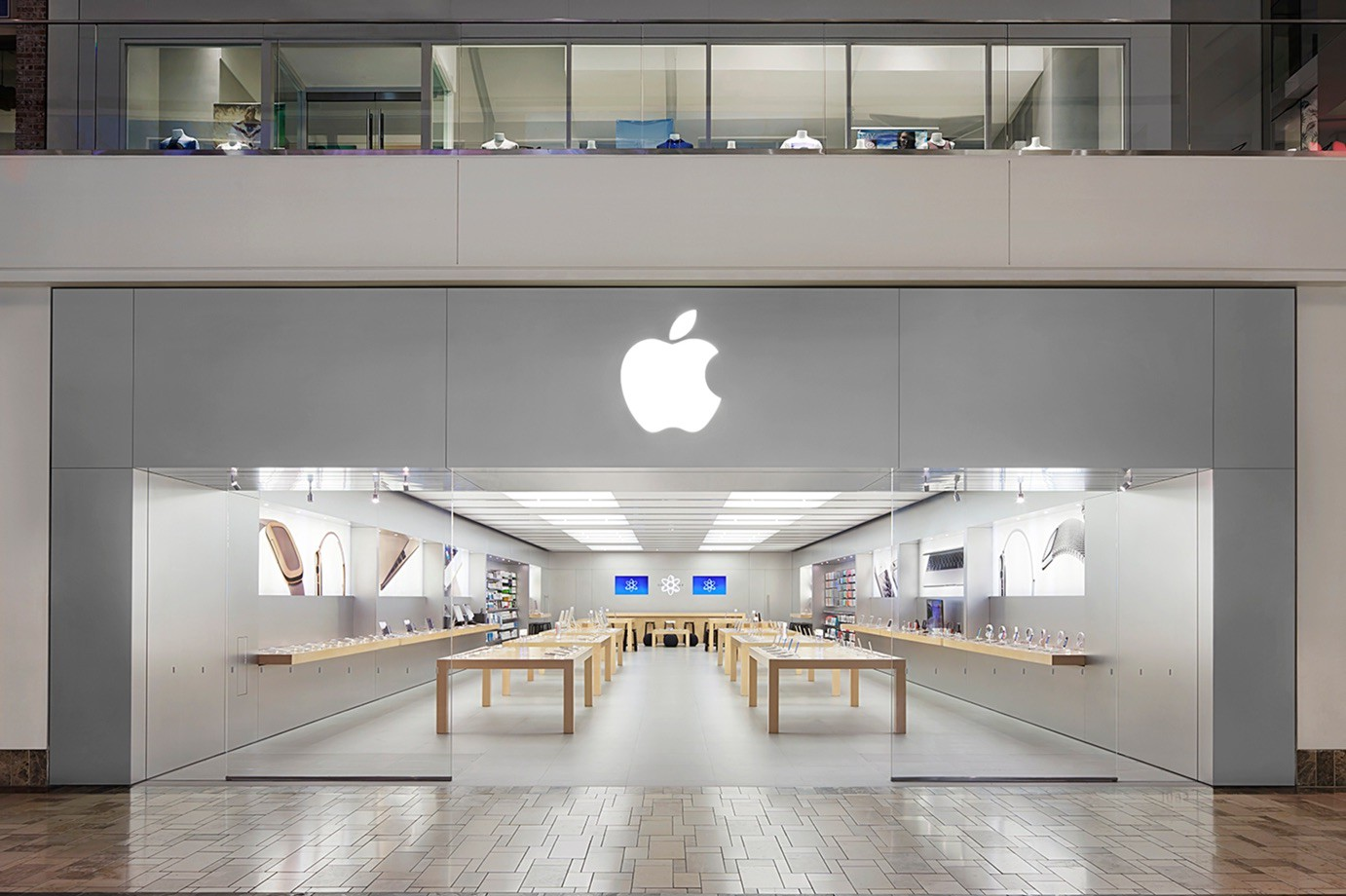 An empty Apple Store photographed from the outside