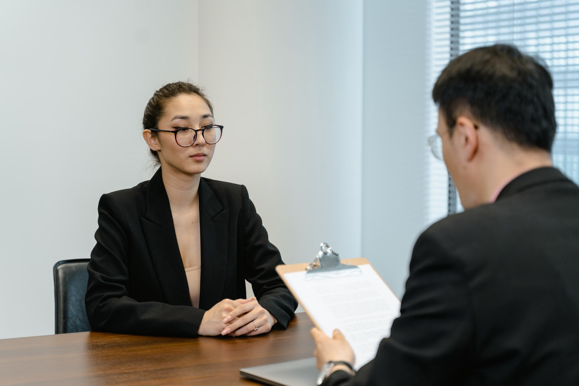 How to Show Confidence in an Interview