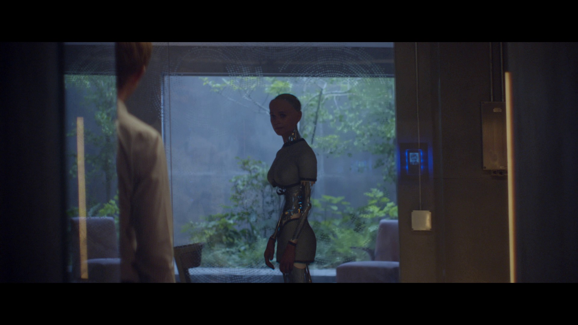 Ava and Caleb from the film ex machina having a conversation