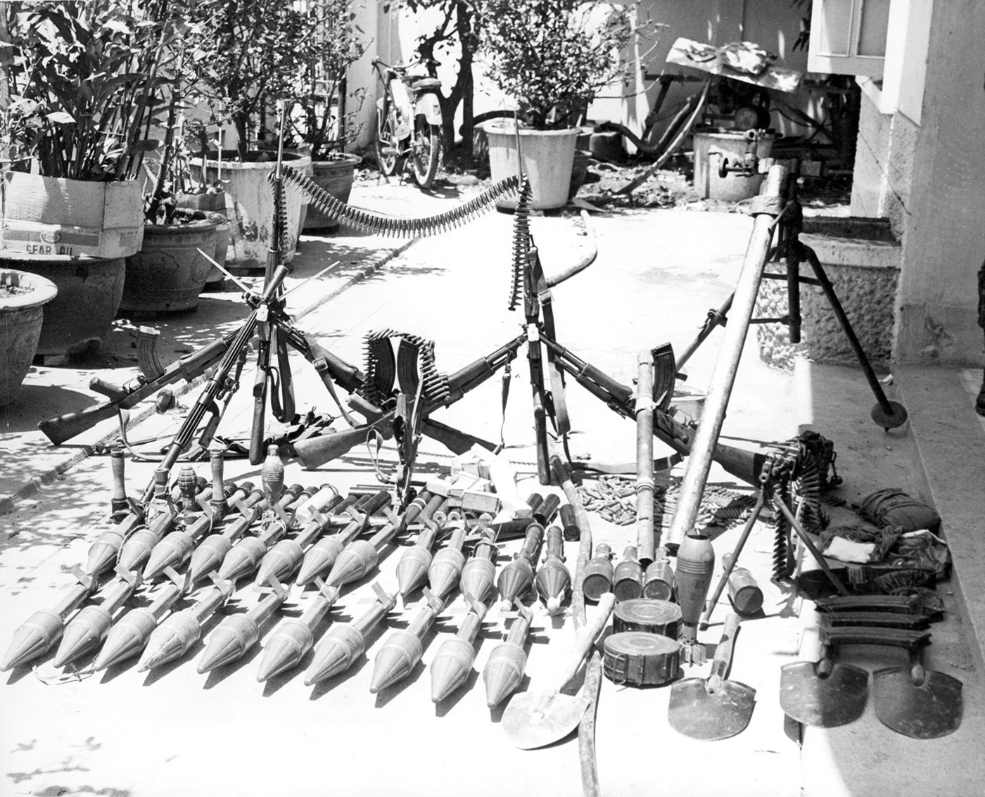 U S Commandos Had A Love Affair With Captured Ak 47s