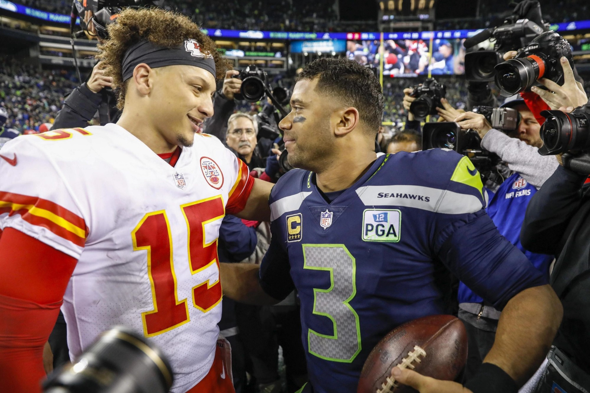Patrick Mahomes and Russell Wilson make the Chiefs and Seahawks clear Super Bowl contenders. How many other teams join them?