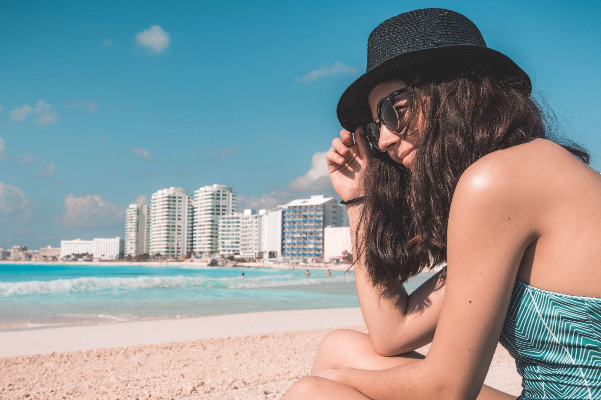 No-Nonsense Guide on How to Become a Digital Nomad — girl at the beach in Cancun