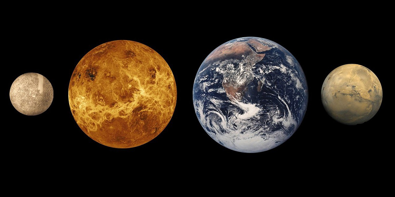 planets with venus compared to earth