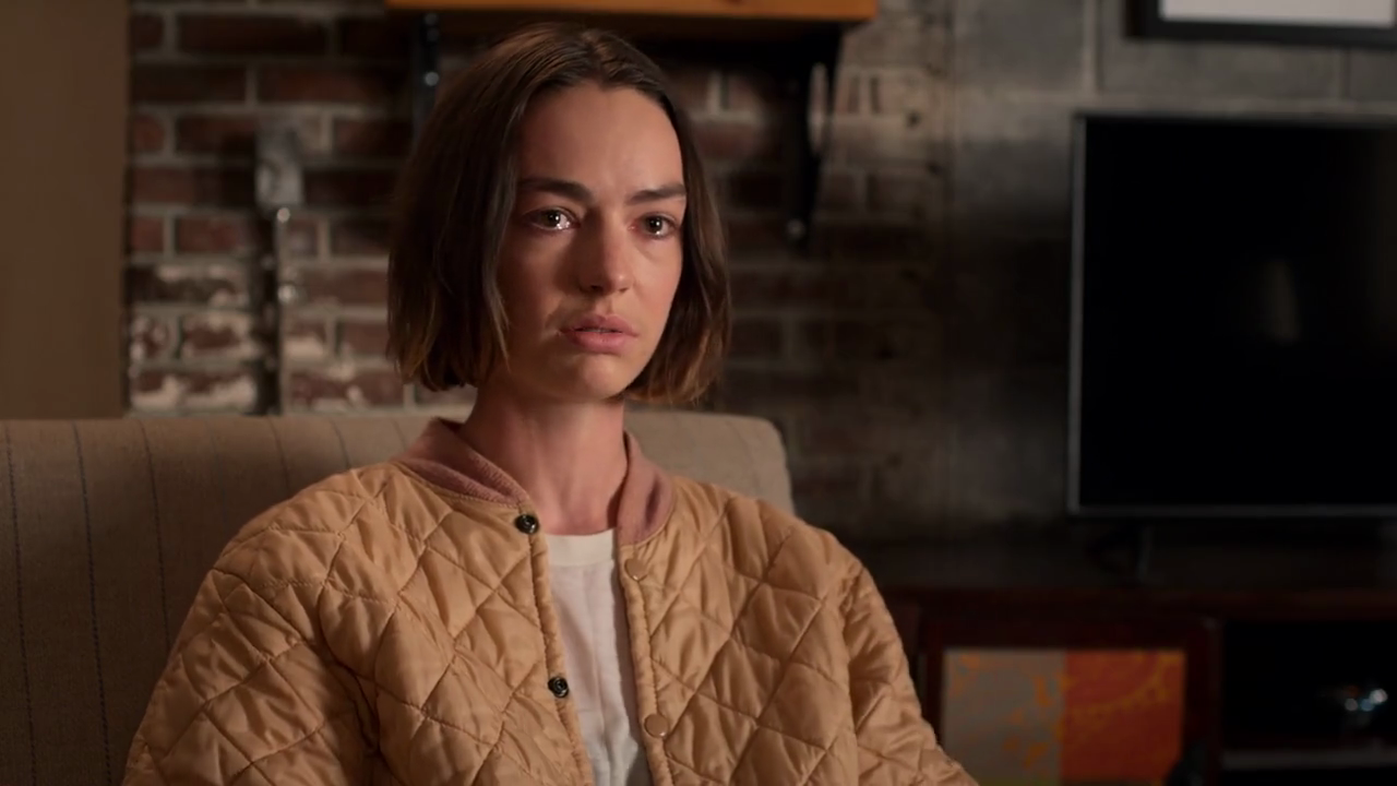 Casey (Brigette Lundy-Paine) in Netflix's Atypical S4.