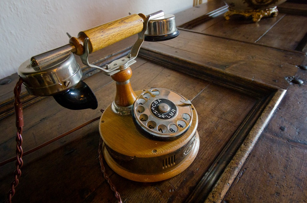 """""""Old Phone"""" by Kurayba is licensed under CC BY-SA 2.0"""