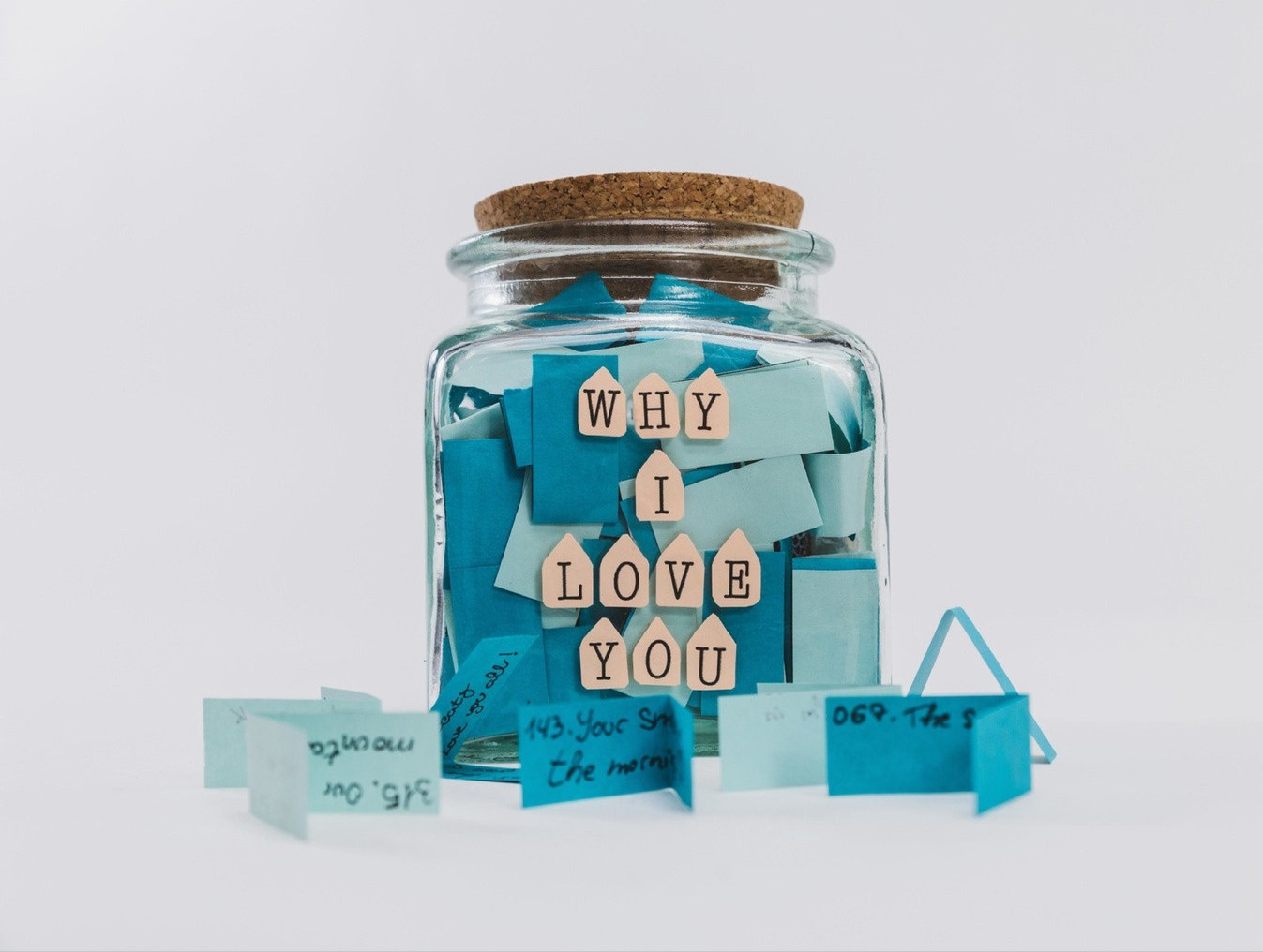 happiness jar—jar with notes about why I love you