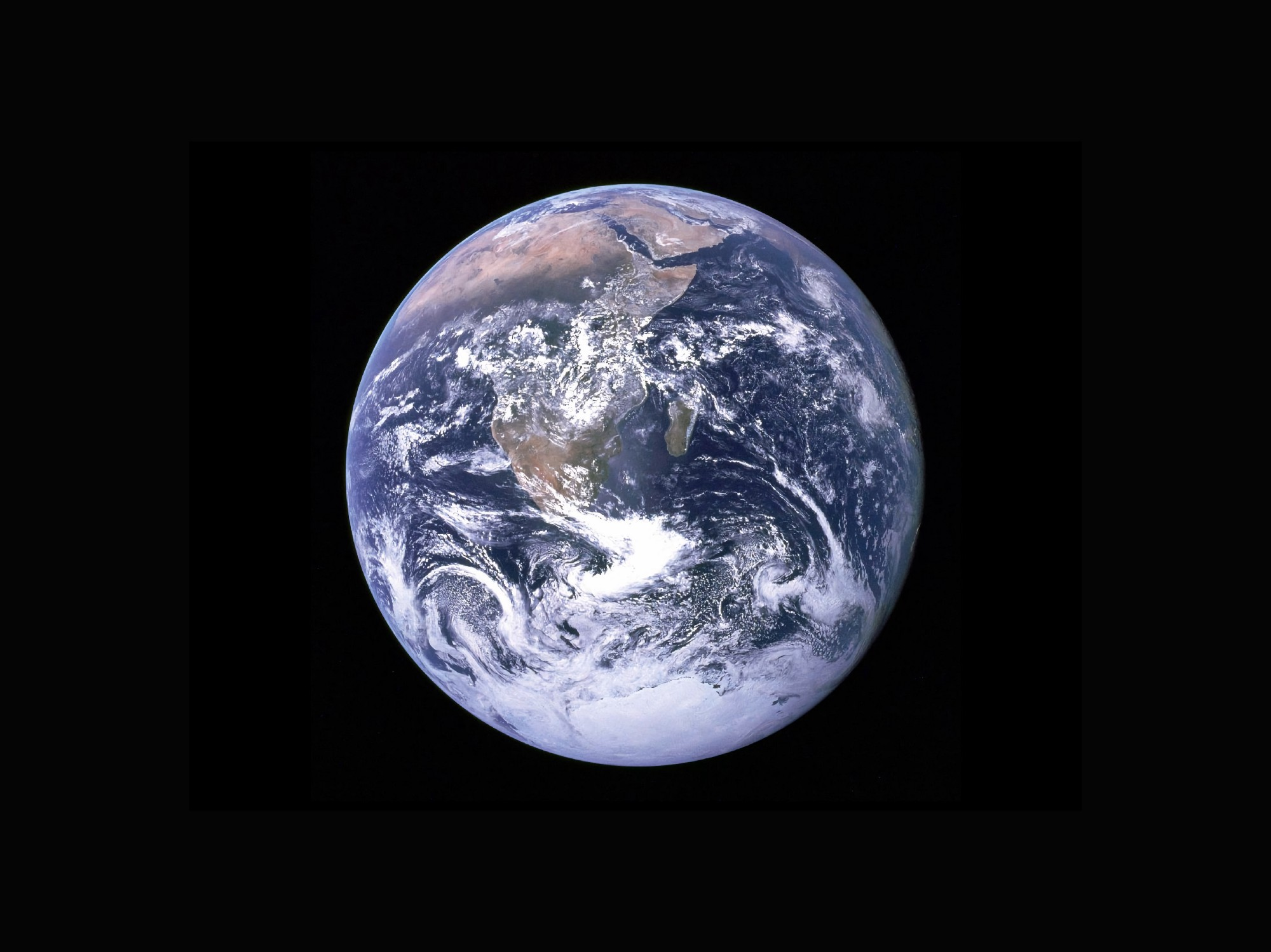 A photo of the earth from space