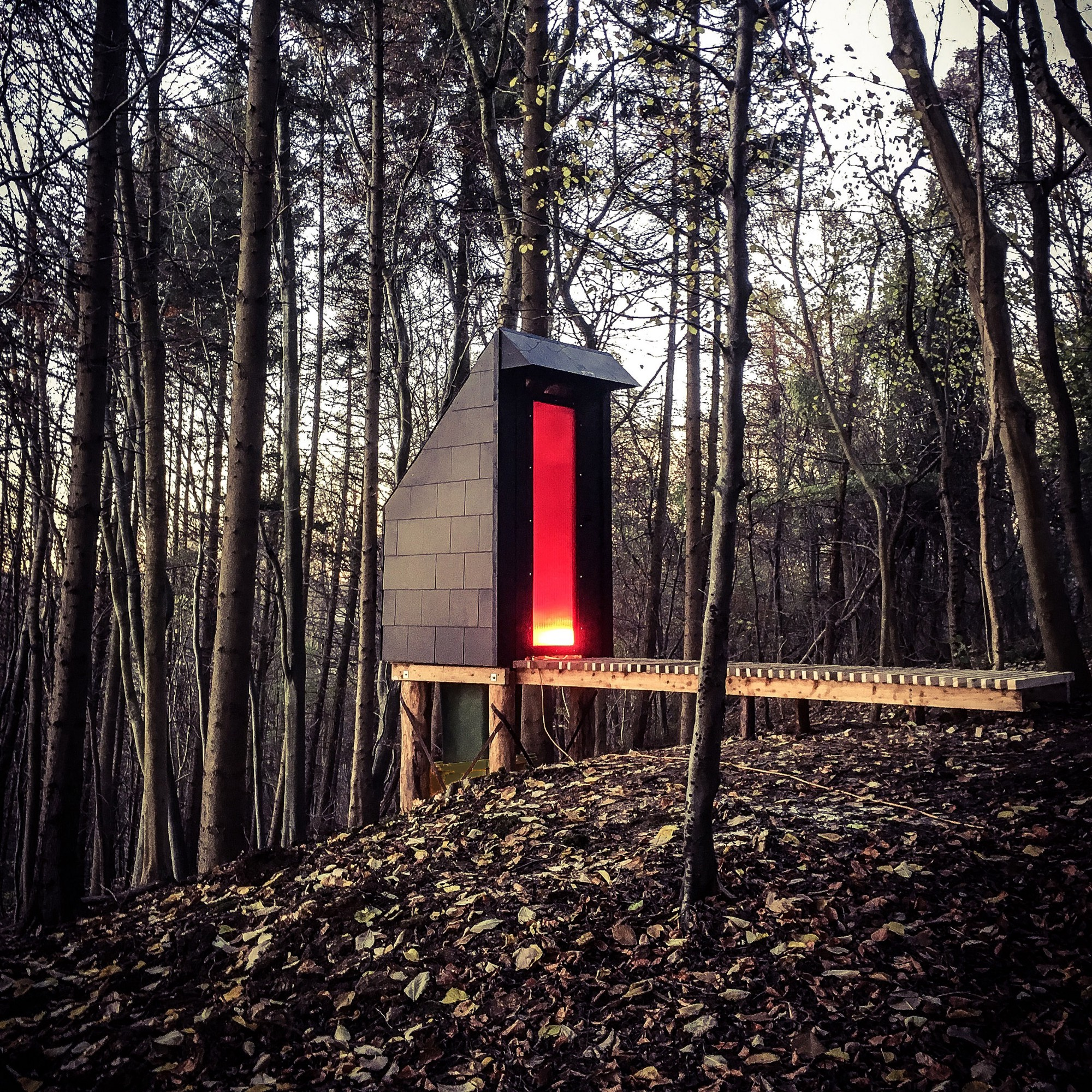 A futuristic toilet in the woods designed by Invisible Studio; Source: Pic
