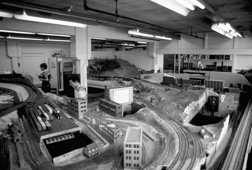 how to start a model railroad club