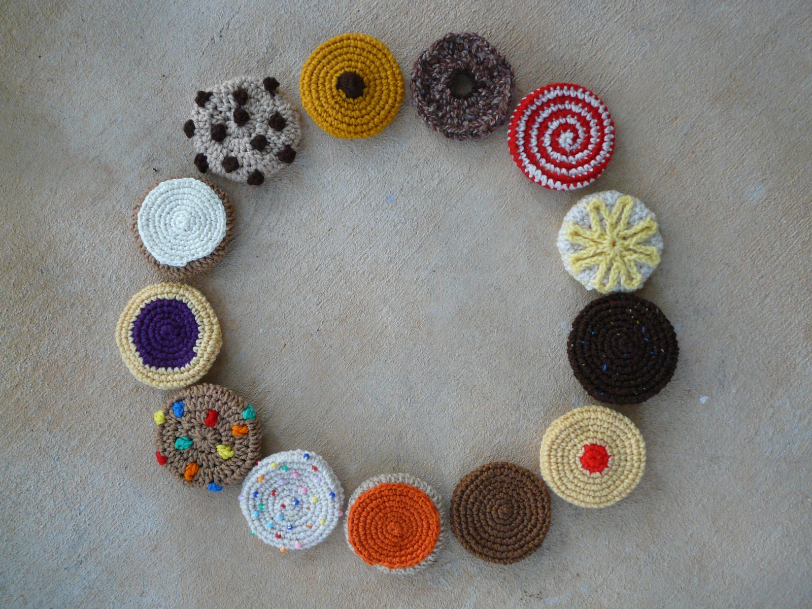 A baker's dozen of crochet cookies